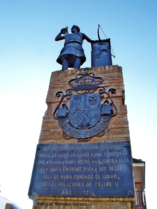 Monumento al primer repoblador medieval de Alcaudete de La Jara
