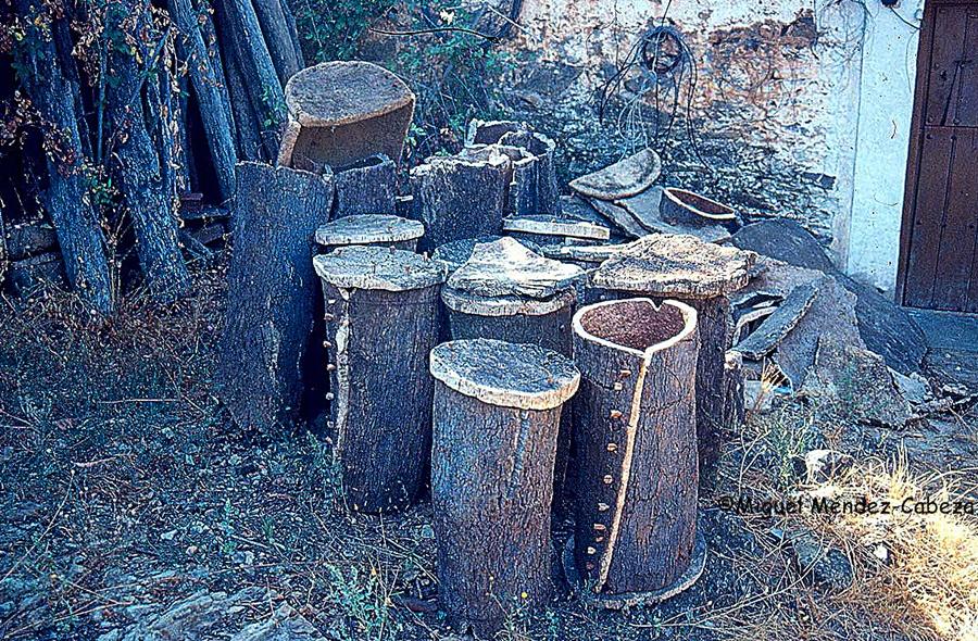 Colmenas de corcho en La Jara