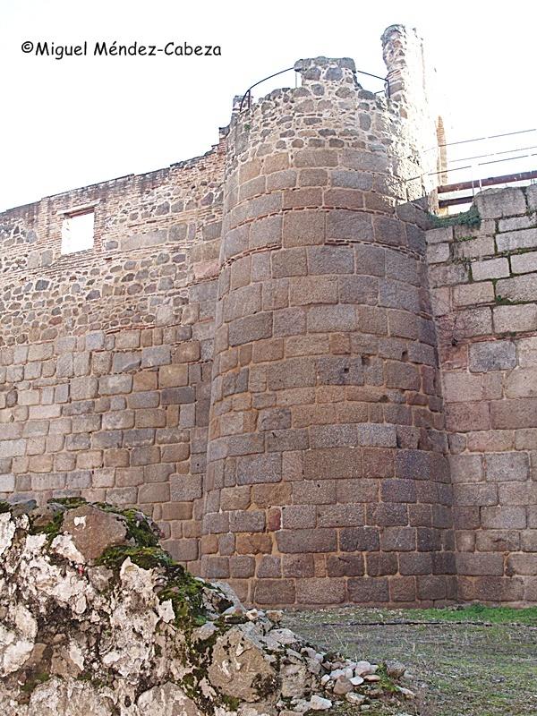 Torre semicircular de la muralla musulmana de Talavera