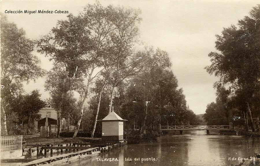 Ramal del río que movía los molinos. La primera fotografía parece haberse realizado desde el puentecillo hoy desaparecido que se encontraría cerca de los sifones.