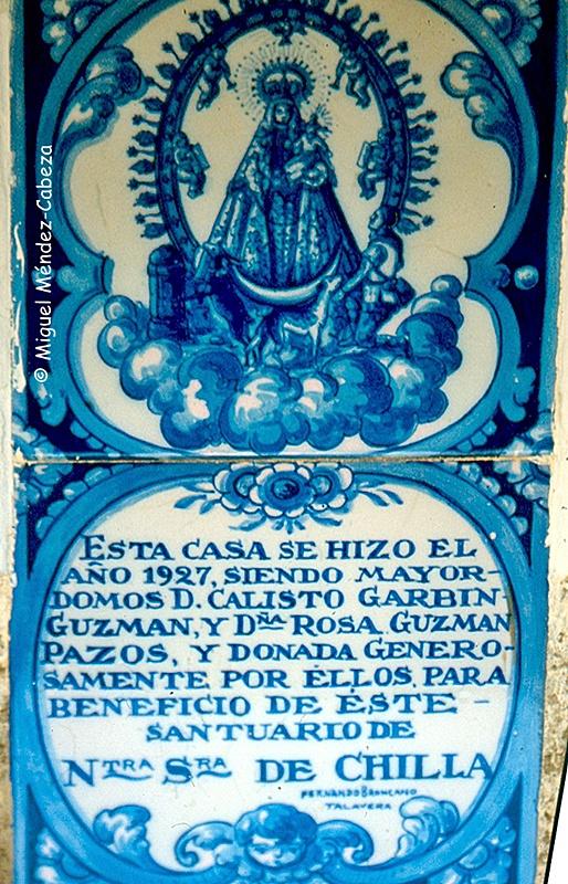 Azulejos de talavera de la casa del santero de la Virgen de Chilla