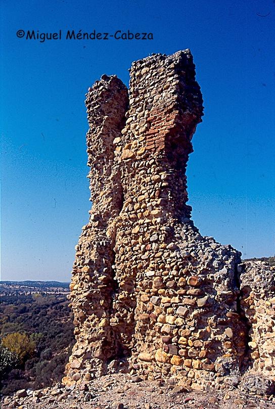 Ruinas del castillo de Santisteban en san Martín de Pusa