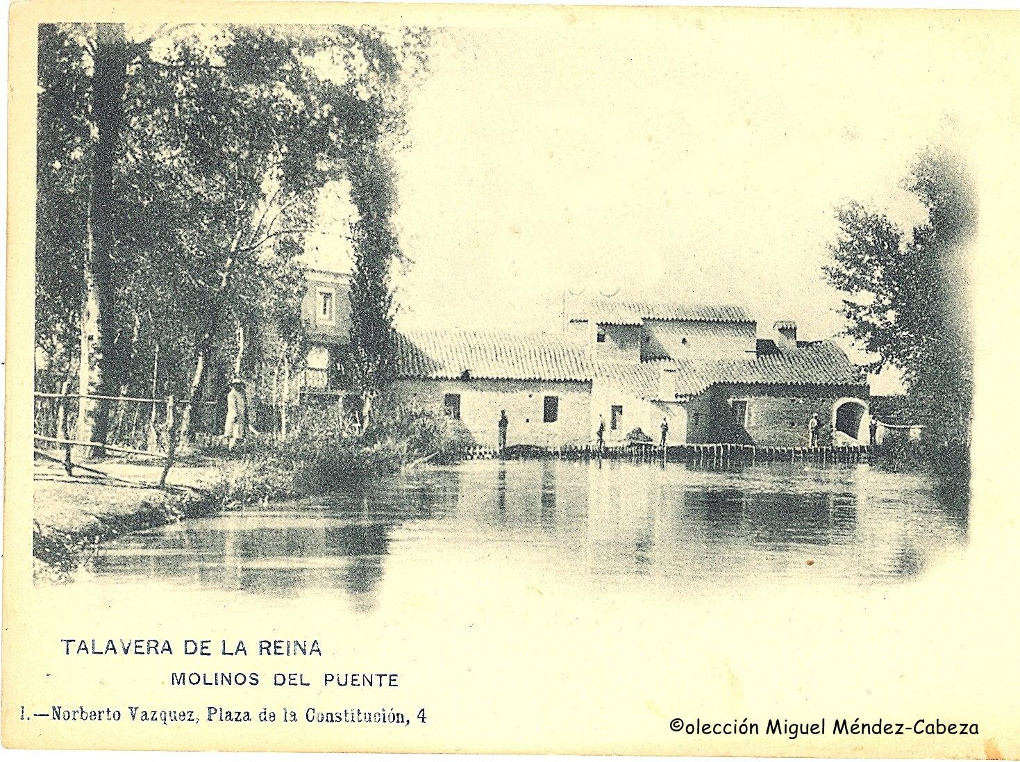 Molinos del puente en postal de 1906. Vistos desde la Isla Grande