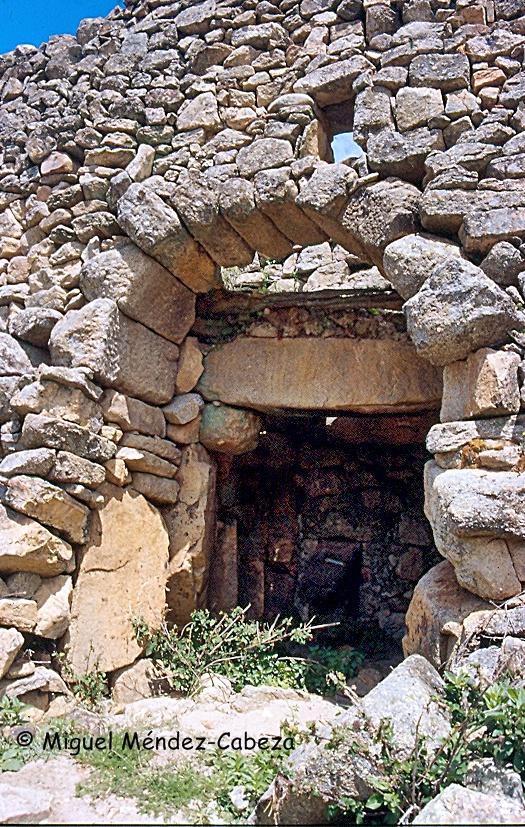 Ruinas del cárcavo de un molino en el Tiétar