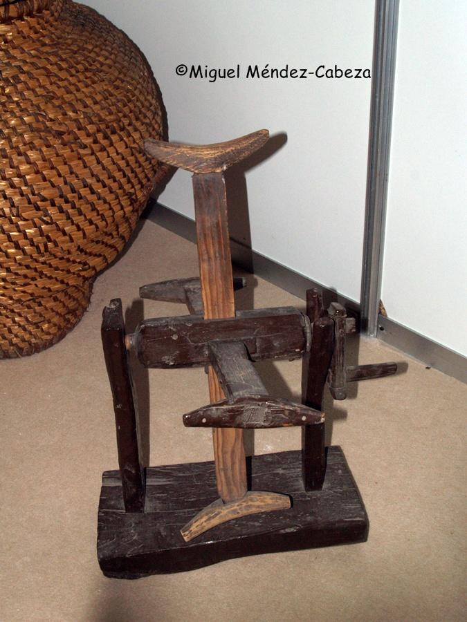 Una de las herramientas necesaria para la artesanía de la lana y el lino era la devanadora