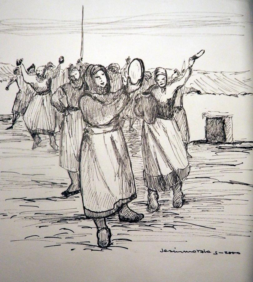 ...un centenar de mujeres cantando y bailando con panderos...