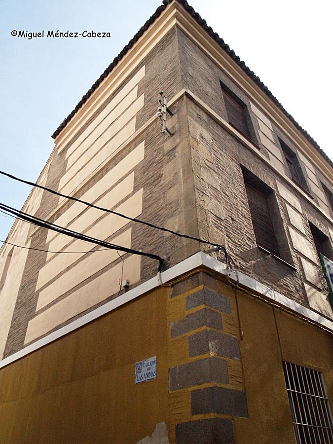 """El único edificio que todavía queda en pie del complejo de las Reales Fábricas, los llamados """"molinos Nuevos"""""""
