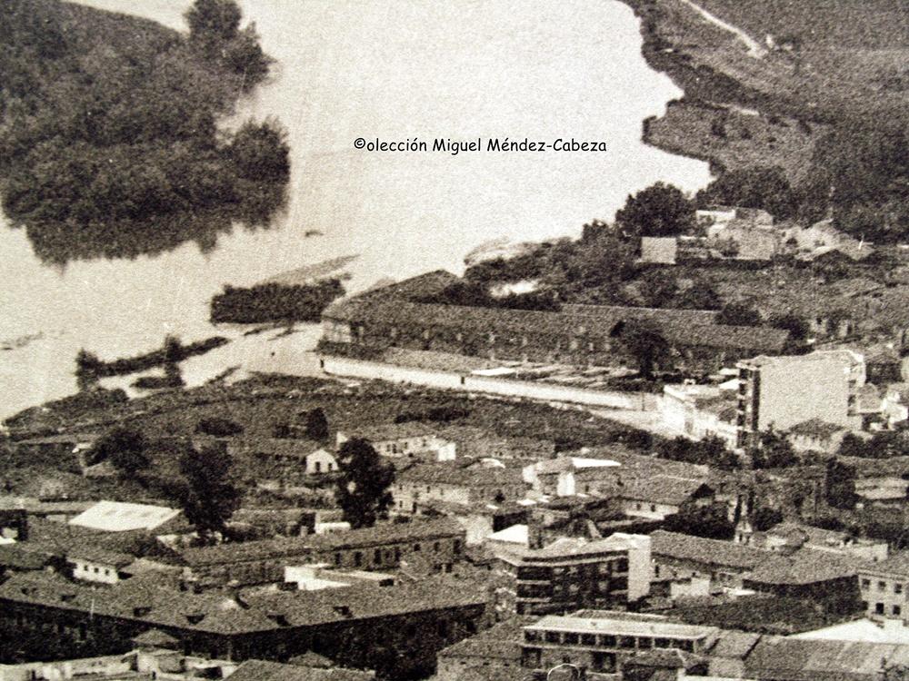 Detalle de fotografía aérea de los años sesenta con la casa de la Hilanza