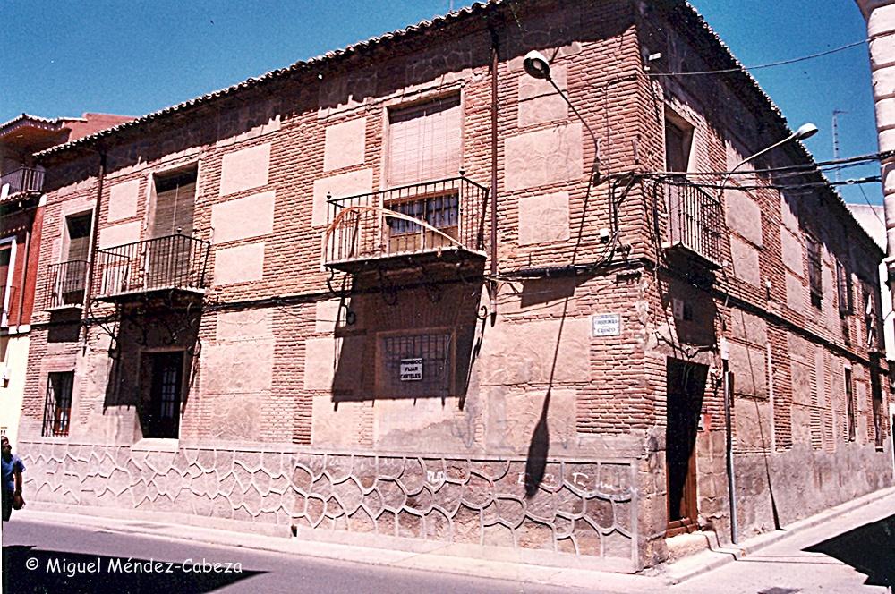 Casa del Arciprestazgo en la esquina de calle del Perdón con la Corredera