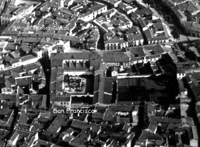 Iglesia y claustro del antiguo convento de San Francisco
