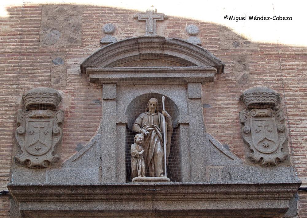Detalle de la fachada del convento de las carmelitas