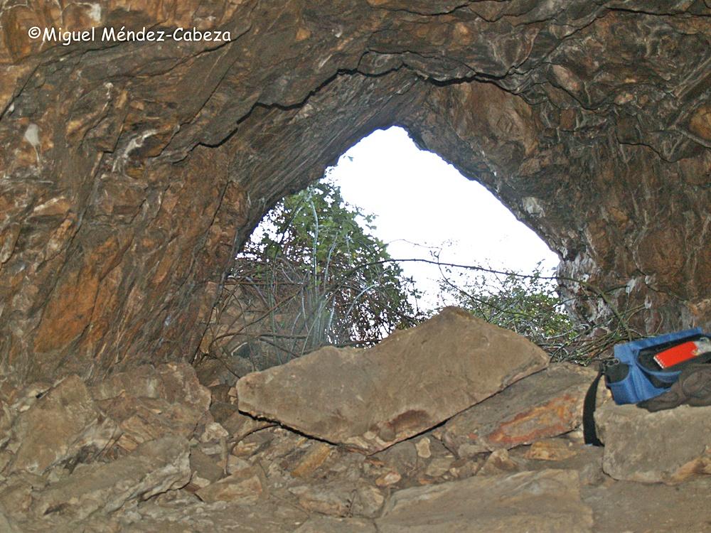 Cueva de la Fuentesanta en Puerto de San Vicente