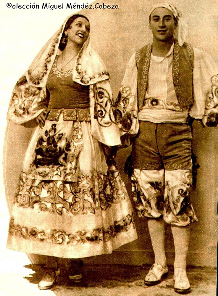 TRAJE BAILADORES BLANCO Y NEGRO 1936