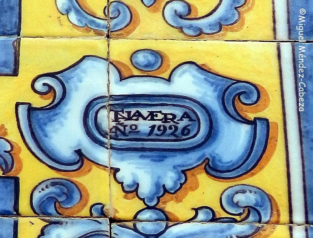 Sello de Talavera en el panel de Ruiz de Luna