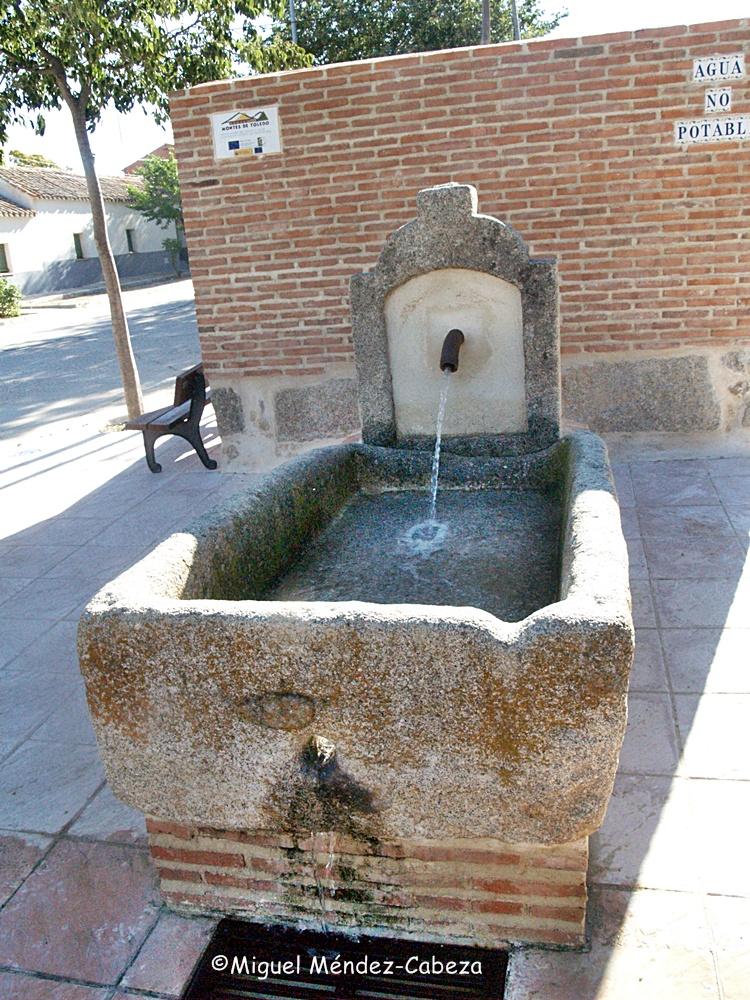 Una de las fuentes de San Martín de Pusa
