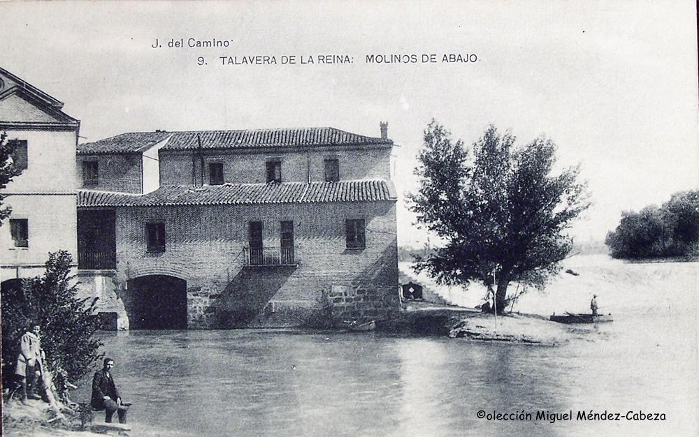 Molinos de Abajo con la central eléctrica a la izquierda a principios del siglo XX