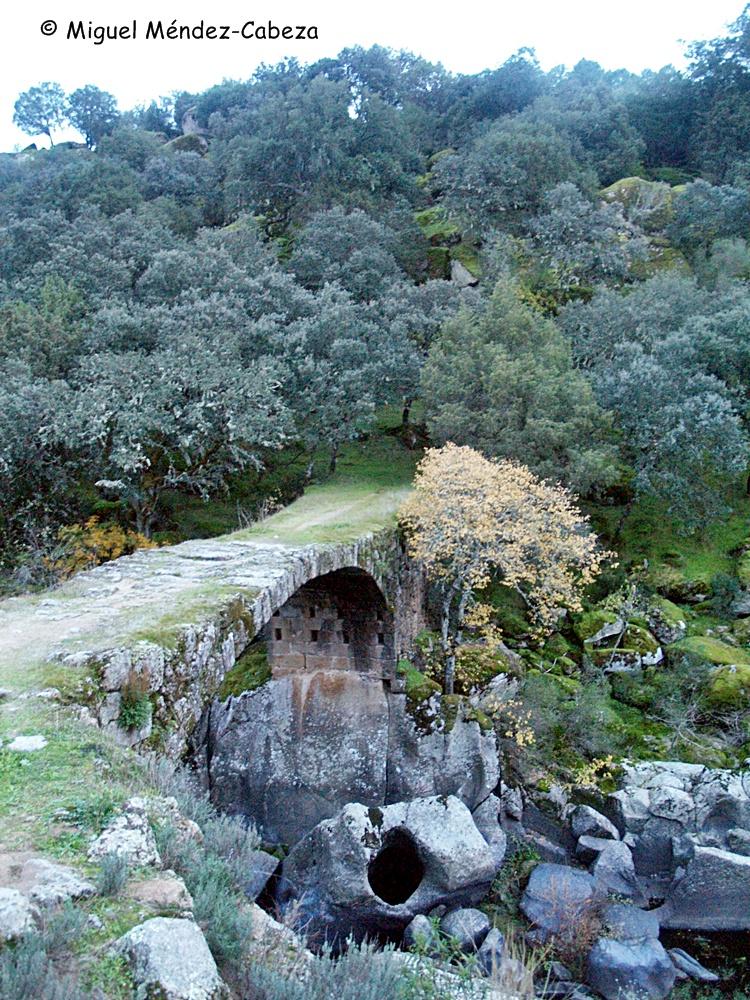 El llamado puente romano de sobre el Guadyerbas