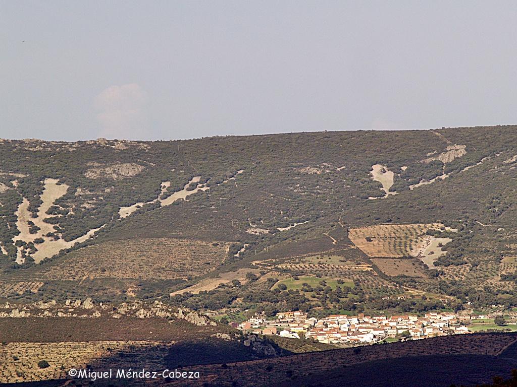 Navatrasierra, uno de los pueblos de la Jara que fue incluido en Extremadura con la división provincial