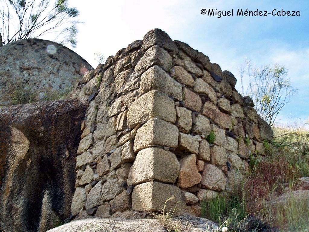 Torre medieval de observación en Navalmoralejo