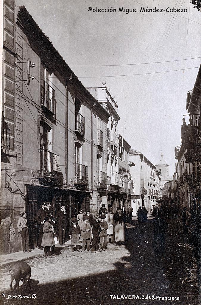 Calle San Francisco en fototografía de Ruiz de Luna