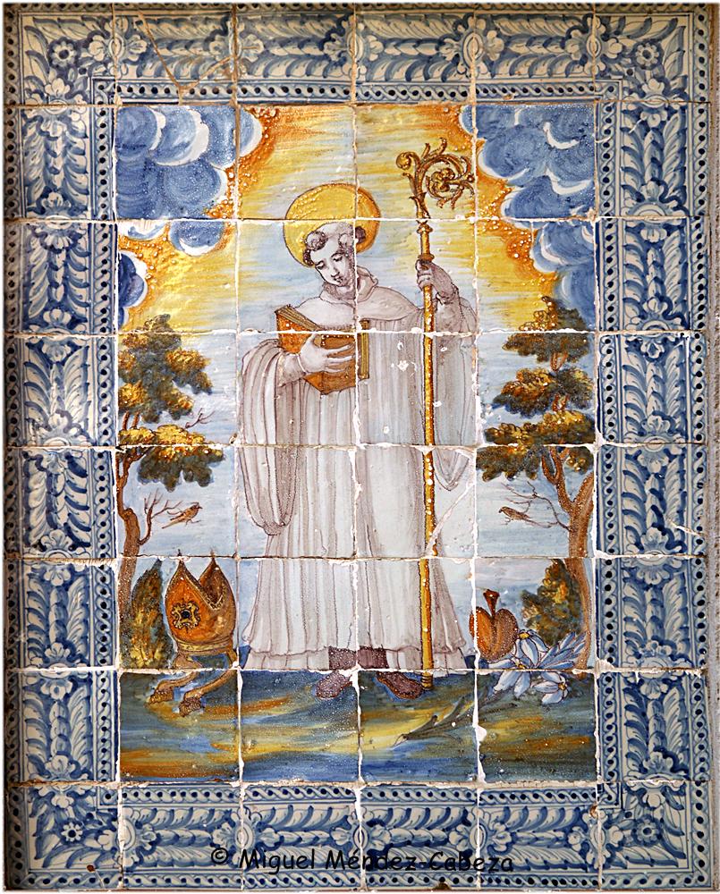 Representación de San Bernardo en la puerta oeste del convento de La Encarnación de Talavera. Siglo XVIII