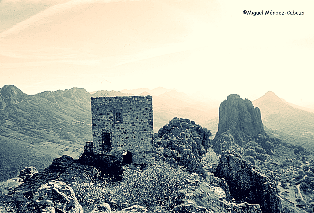 Castillo de Cabañas en las Villuercas,