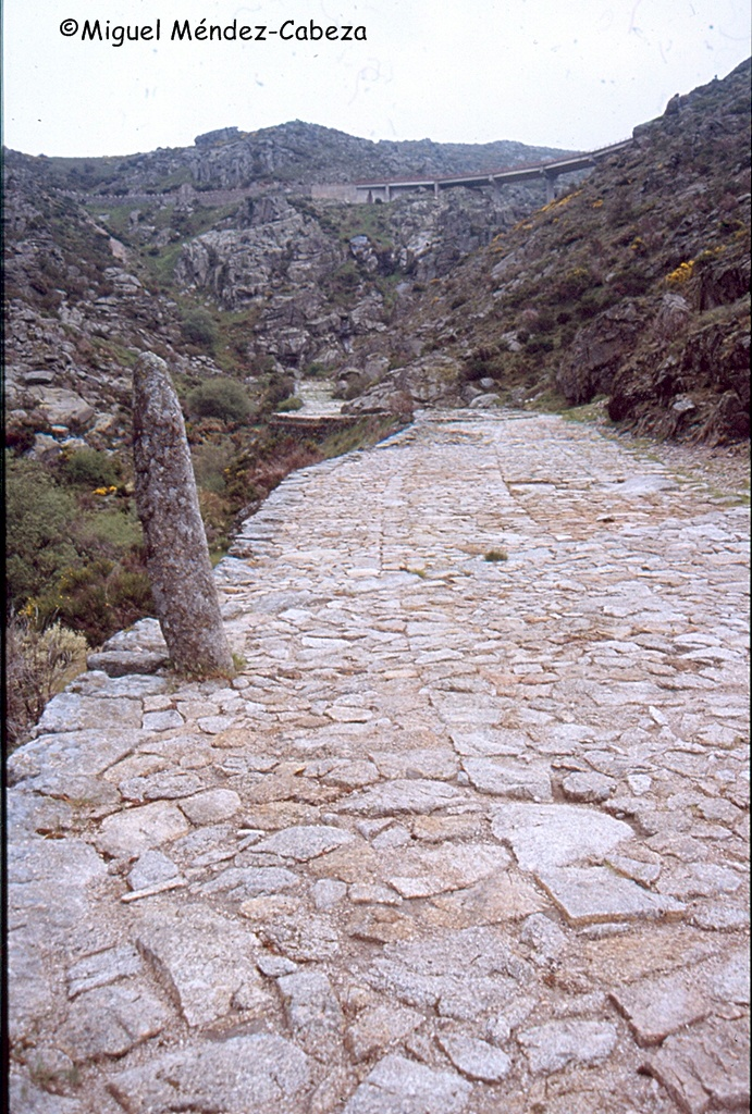 Calzada romana del puerto de El Pico