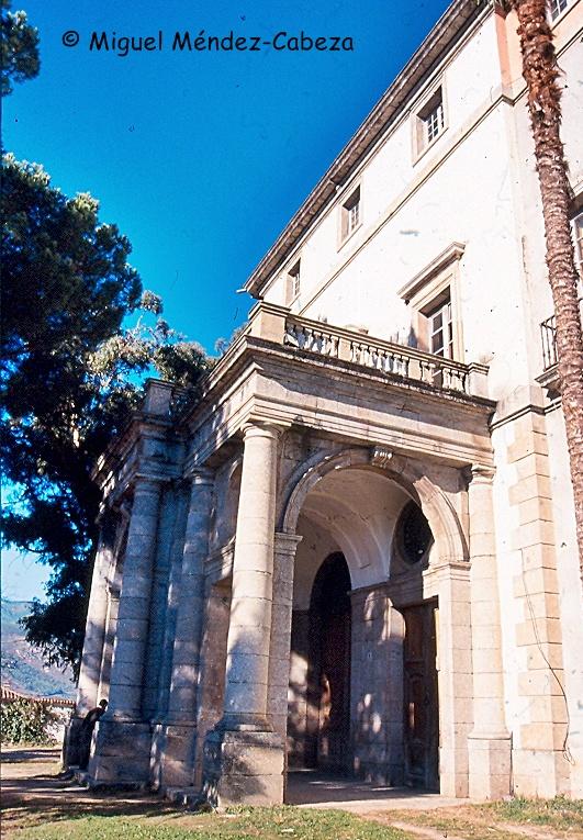Portada del palacio de don Luis de Borbón, obra de Ventura Rodríguez