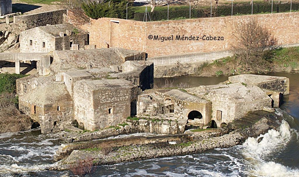 Restos de los molinos más potentes del Tajo en Puente del Arzobispo