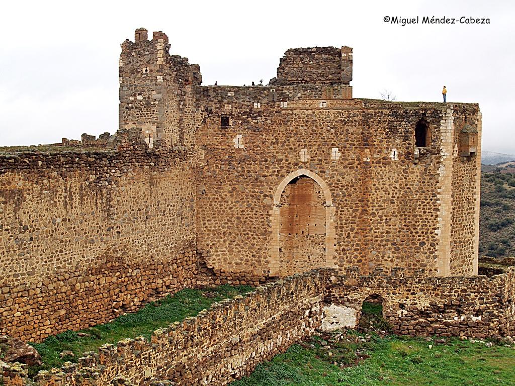Torre del homenaje del castillo de Montalbán