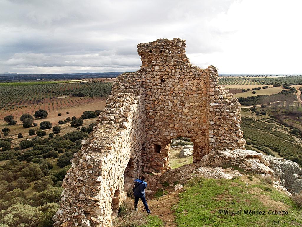 Interior del castillo de Dos Hermanas