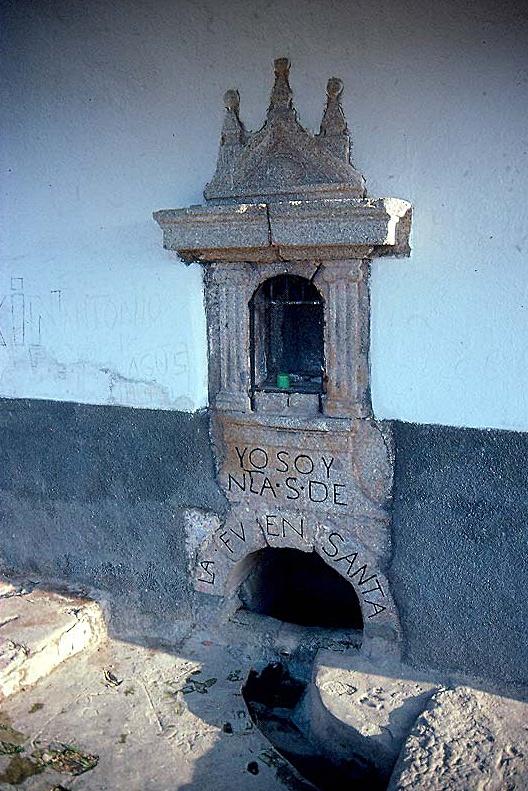 Fuente de la ermita de la Virgen de Fuentesanta en La Iglesuela