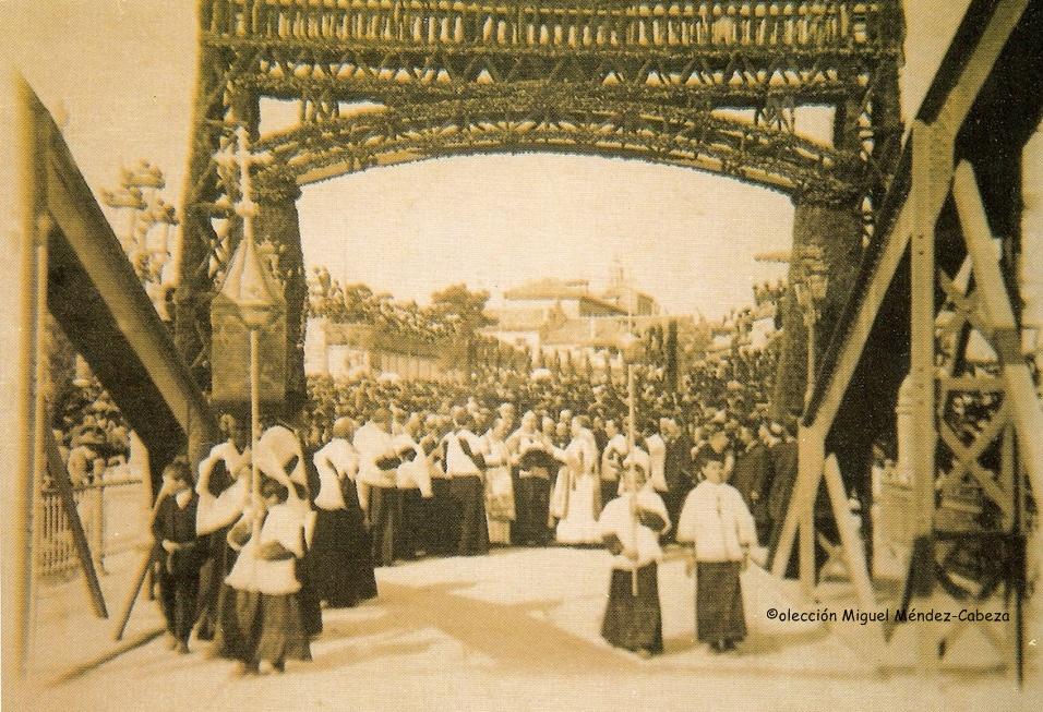 Ceremonia de inauguración del puente de Hierro