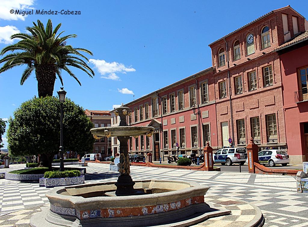El Hospital de la Misericordia, hoy Centro Cultural Rafael Morales en la Plaza del Pan