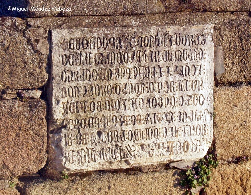 Placa fundacional del puente del arzobispo Tenorio