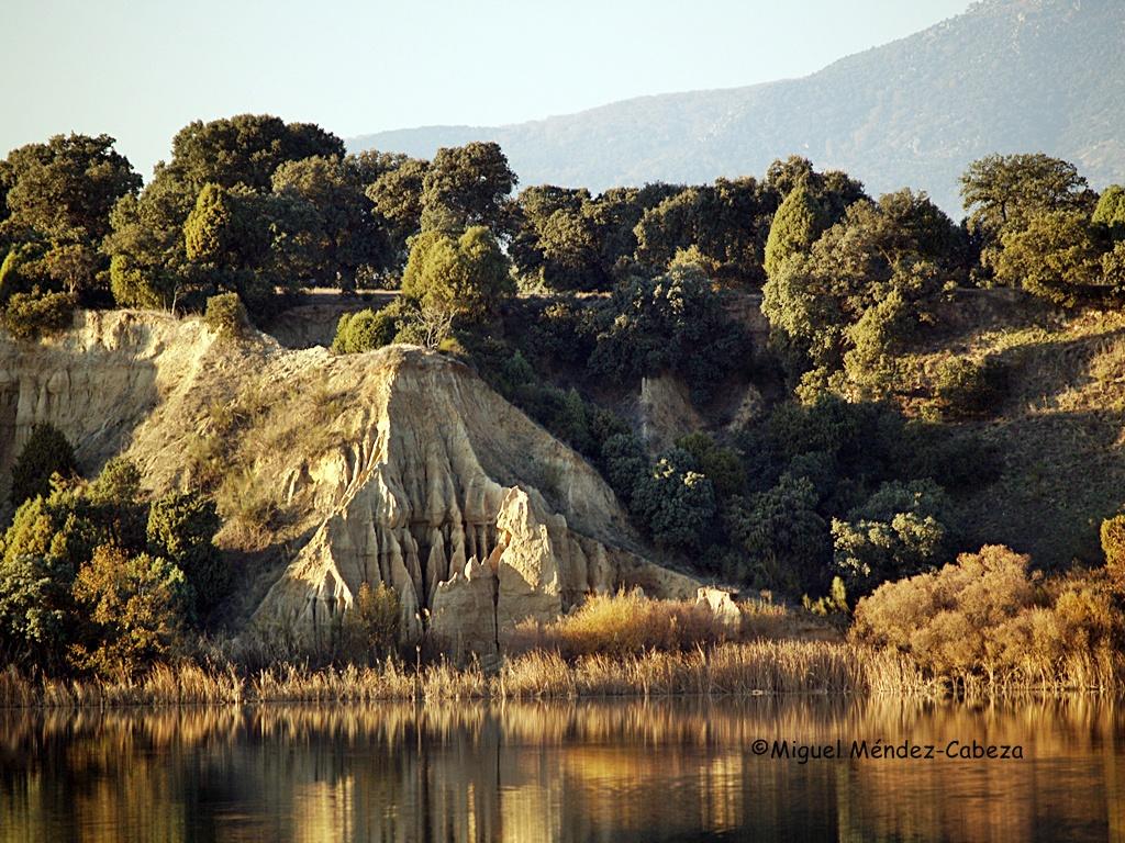 Barrancas del Alberche en el embalse de Cazalegas