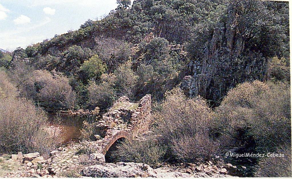 Puente de los Guadarranues, donde se producían numerosos asaltos de bandoleros.