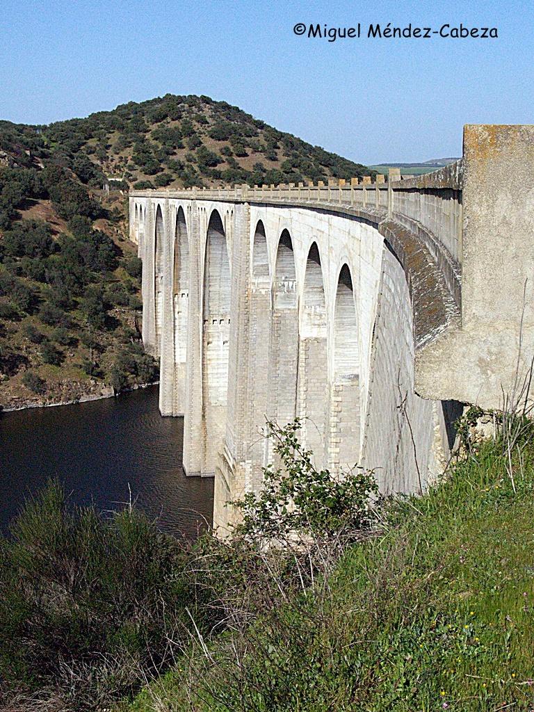 Viaducto de La Vía-Verde-sobre el Tajo o Puente-de-Amador