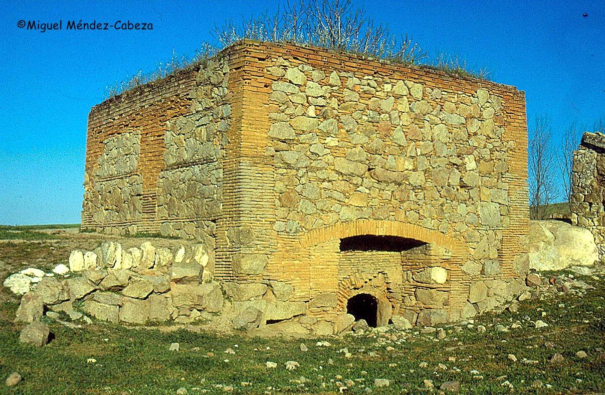 Horno tejar cerca de Azután, junto al arroyo Andilucha