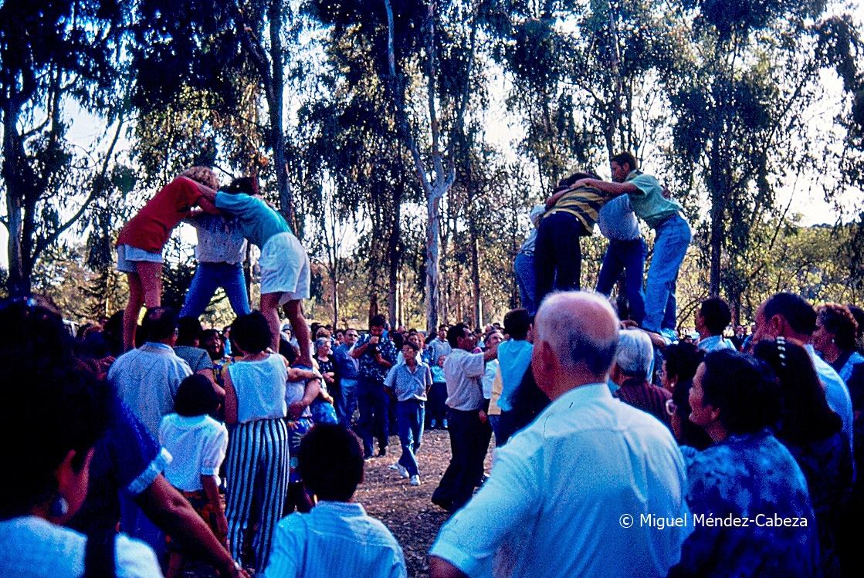 Castillos humanos en las fiestas de la Virgen del Valle en Torrecilla de la Jara